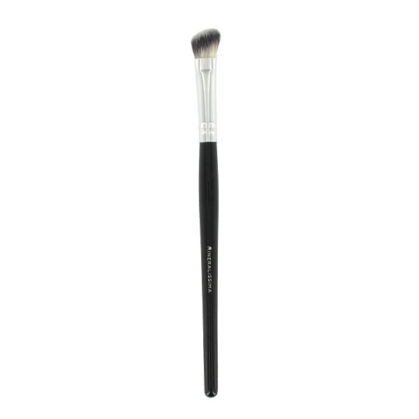 Angled eyeshadow brush